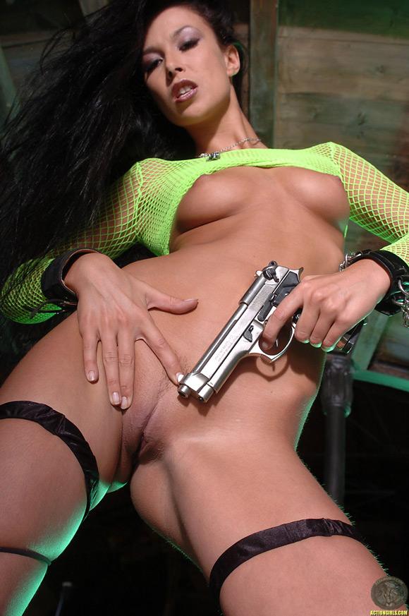 naked-action-girl-hana-black-as-a-super-babe