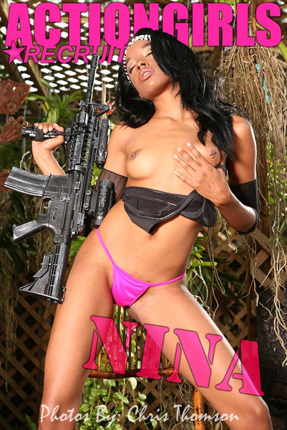naked-action-girl-nina-as-a-gun-babe