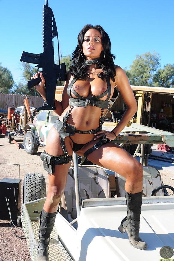 naked-action-girl-rita-g-as-a-warrior-goddess