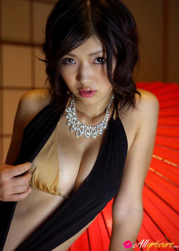 noriko-kijima-naked-asian-gravure-model-3