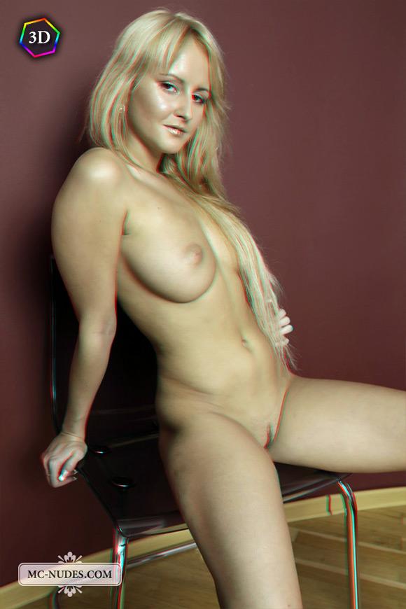 horny-blonde-girl-posing-completely-naked-in-stereo-3d