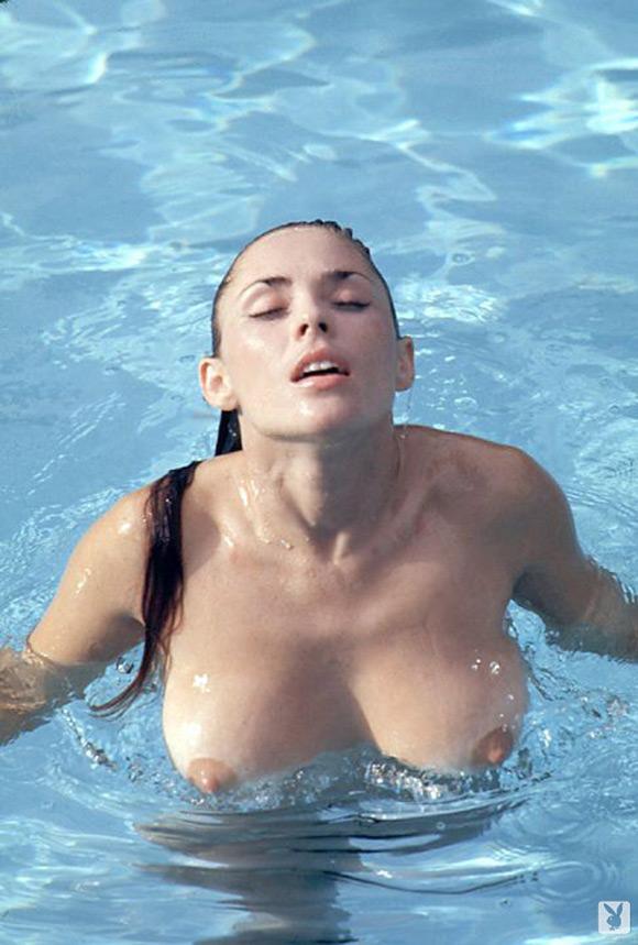 miki-garcia-playboy-playmate-girl-naked