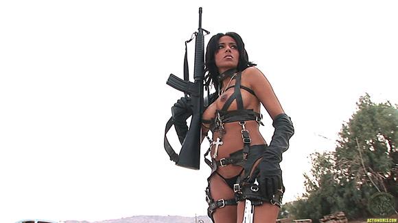 naked-action-girl-rita-g-in-deadly-desert-babe