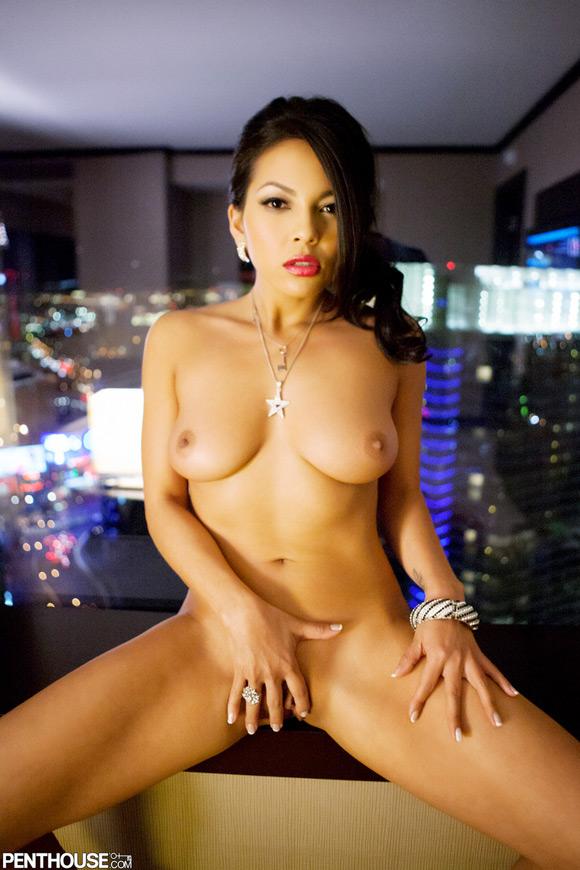 adrianna-luna-naked-penthouse-girl