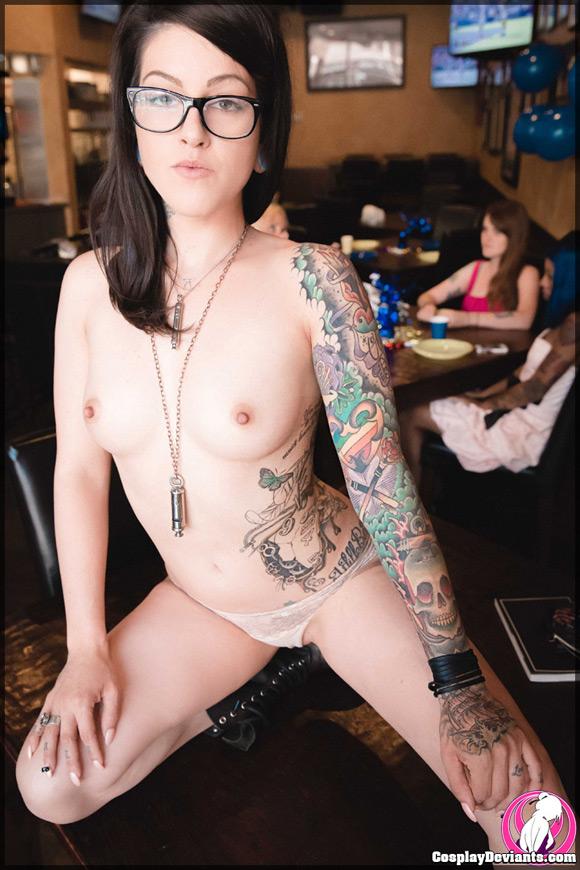 miss-olivia-black-missfit-naked-cosplay-deviant