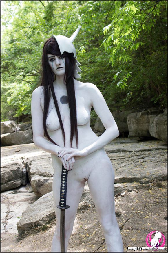 koyomatsu-number-4-naked-cosplay-deviant