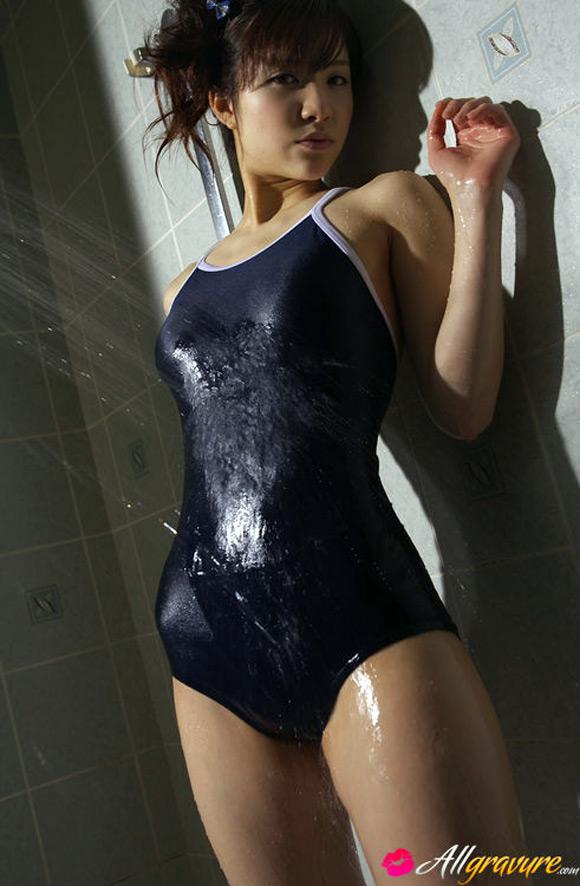 cocoro-amachi-naked-asian-gravure-model