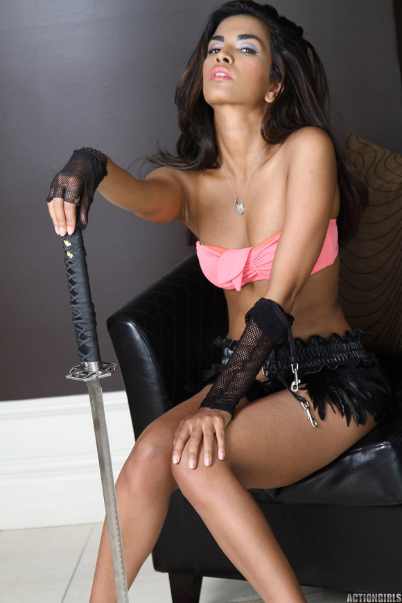 naked-action-girl-tahina-in-playing-with-swords