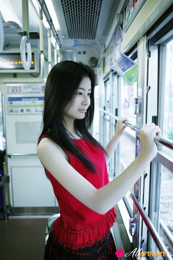 natsuki-harada-naked-asian-gravure-model