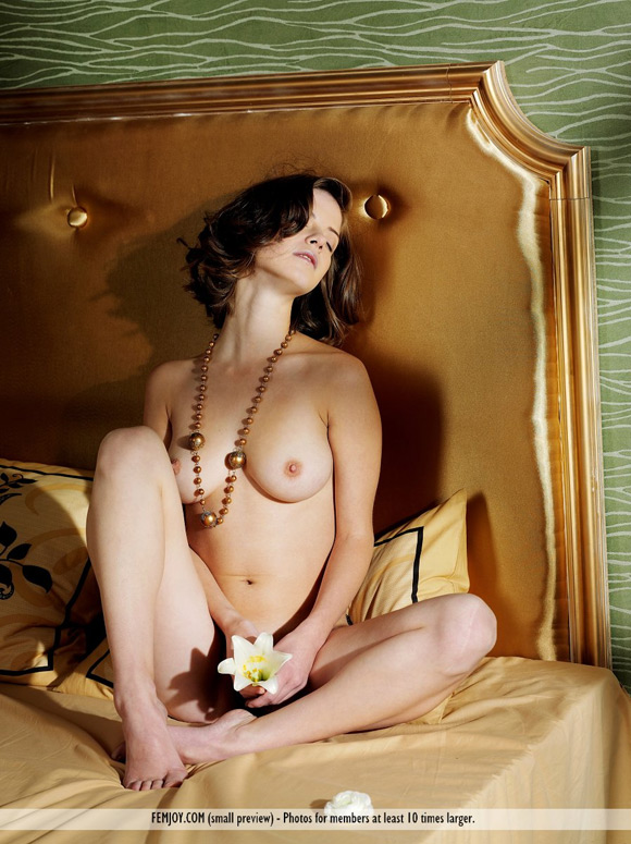 danica-in-bedroom-secrets