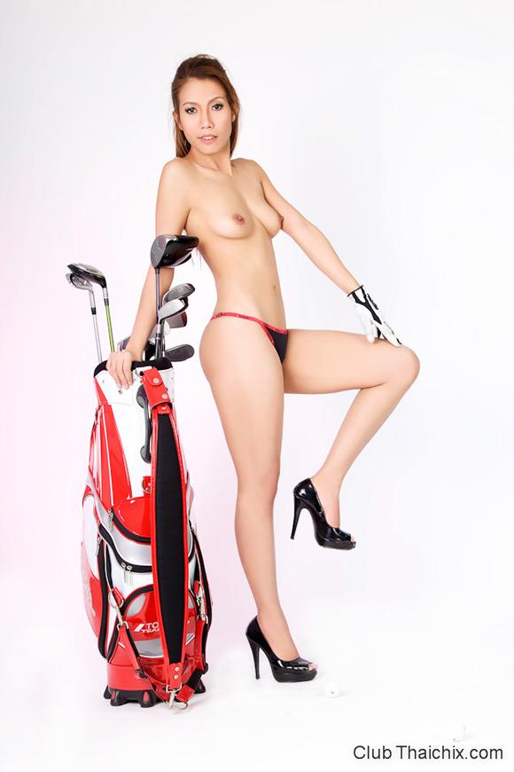 irene-posing-in-panties-and-high-heels