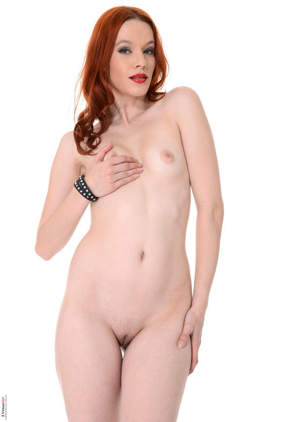 amber-cute-in-high-risk-operation-naked-virtuagirl