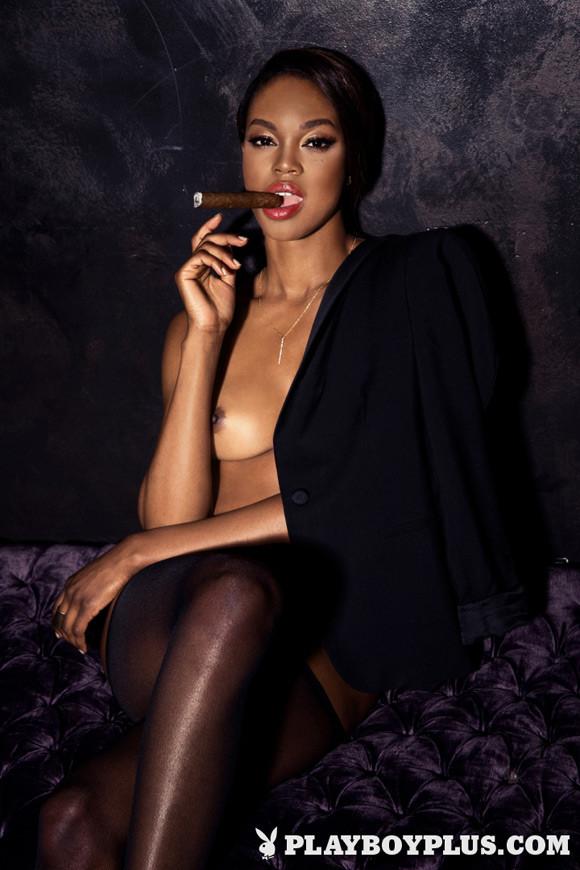 eugena-washington-playboy-playmate-girl-naked