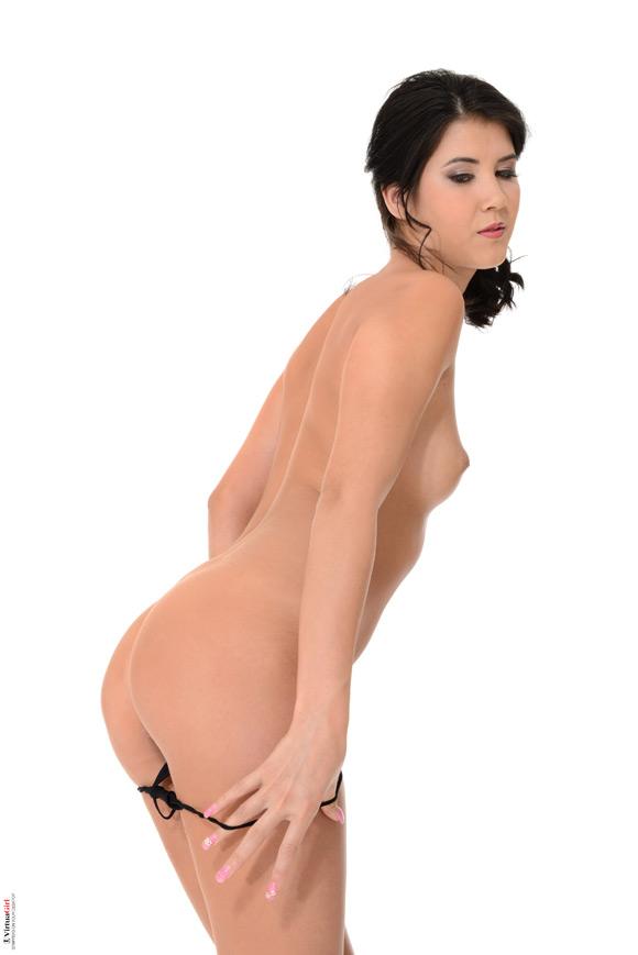 lady-dee-in-smooth-criminal-naked-virtuagirl