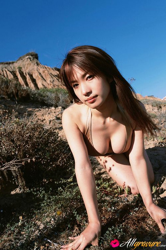 junko-yaginuma-naked-asian-gravure-model