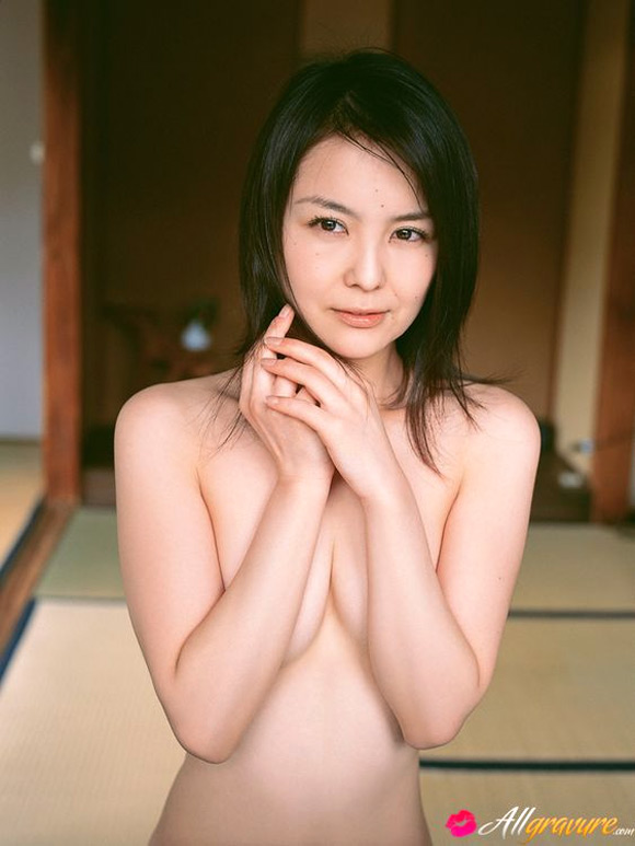 keiko-kubo-naked-asian-gravure-model