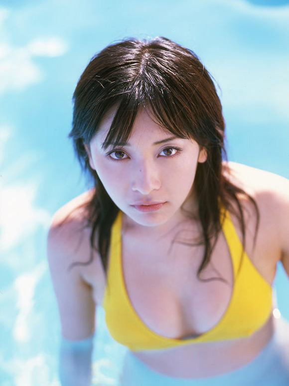 mami-yamasaki-naked-asian-gravure-model