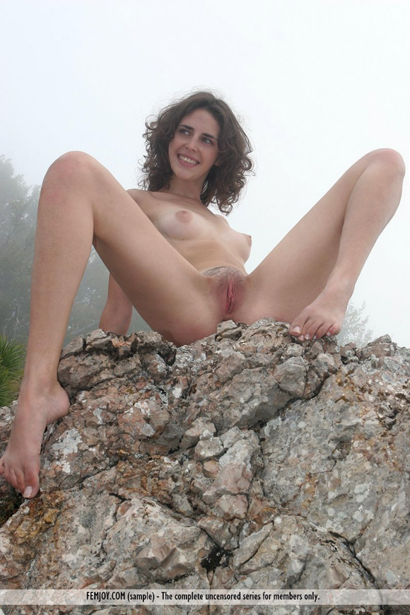 sambella-in-dancing-with-the-mountain