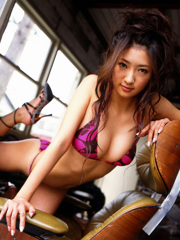sayaka-ando-naked-asian-gravure-model