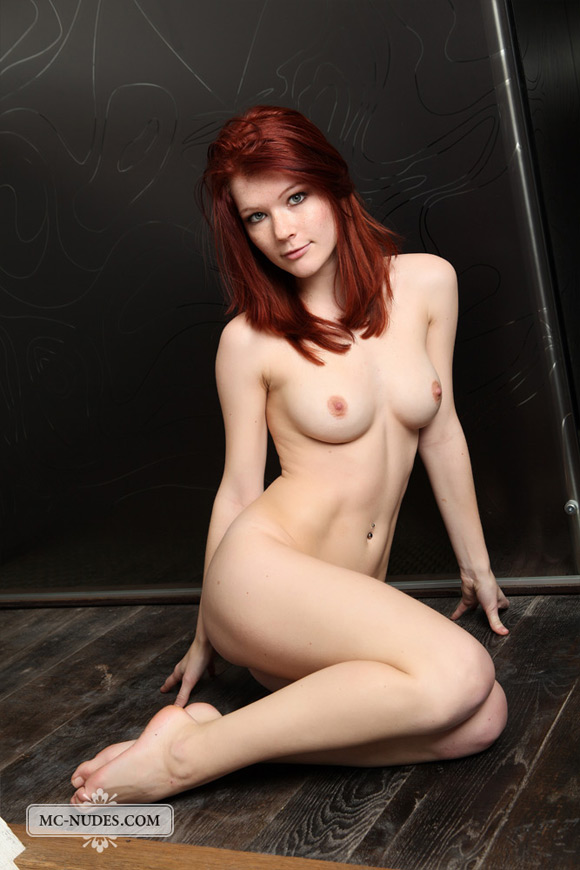gorgeous-redhead-beauty-getting-compeltely-naked