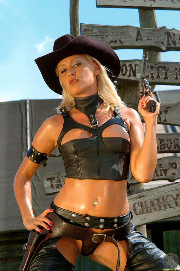 sexy-action-girl-cowgirl-videos-short