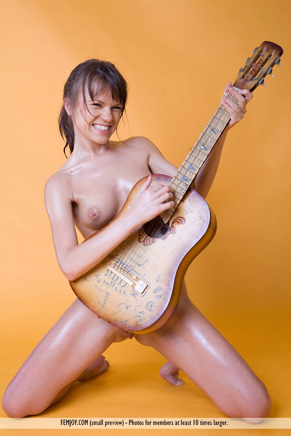 yolanda-f-in-while-my-guitar-gently-weeps