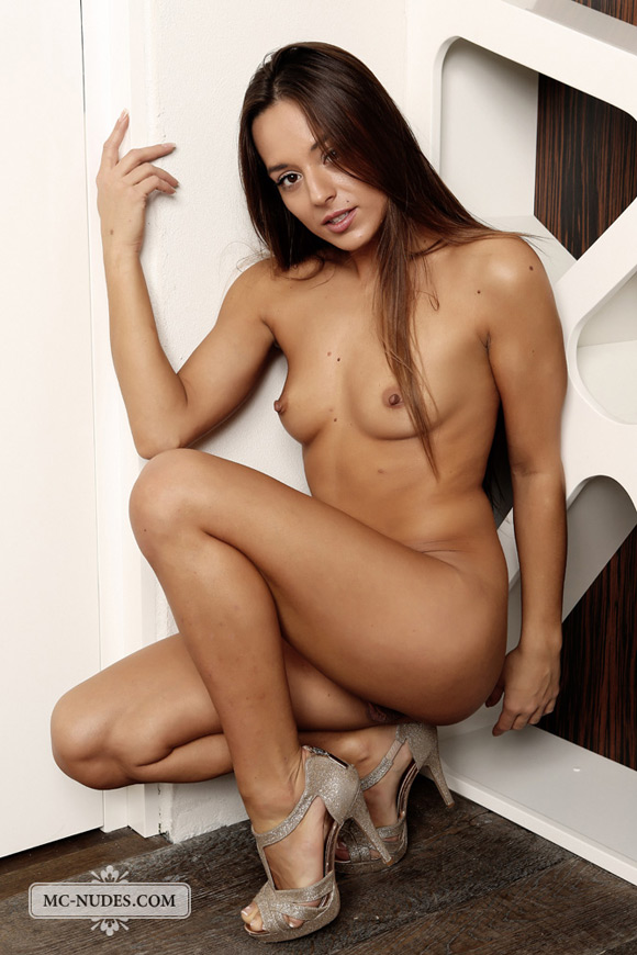 young-naked-girl-ready-for-some-hot-adult-action