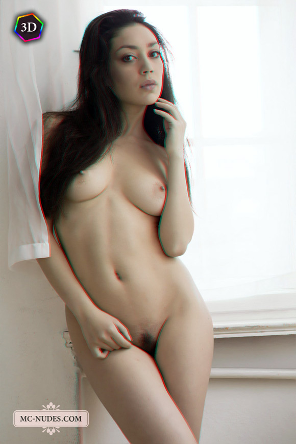 wild-nude-girl-playing-around-in-stereo-3d