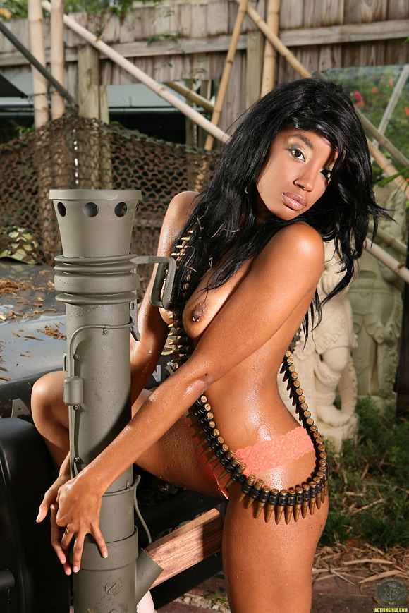 naked-action-girl-nina-with-a-bazooka