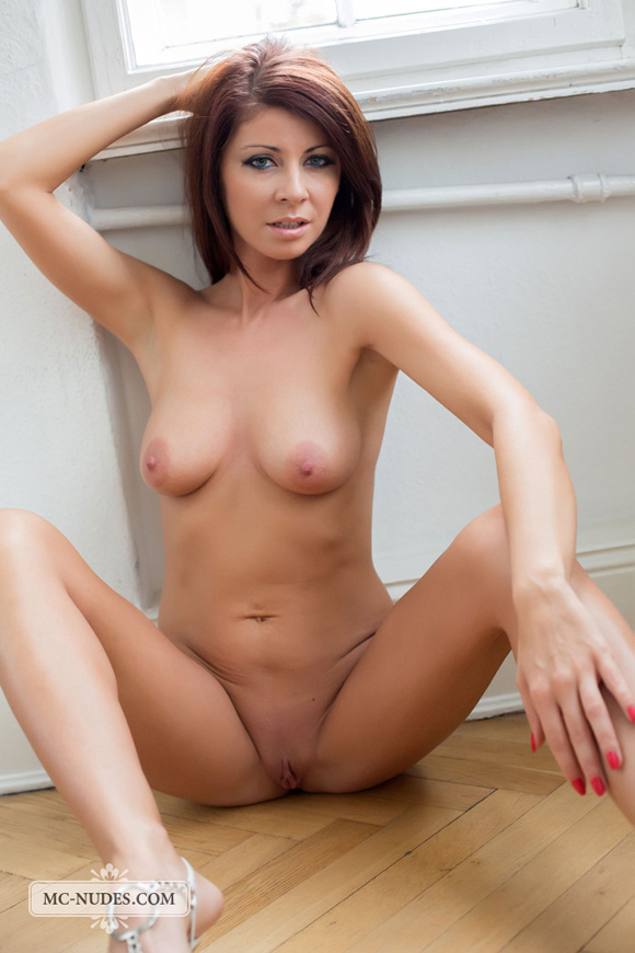 some-private-time-with-a-hot-naked-girl