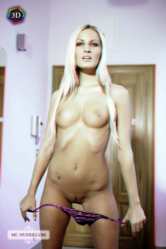 horny-blonde-girl-stripping-her-bikini-in-stereo-3d