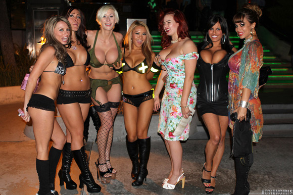 naked-action-girls-in-party-to-the-playboy-mansion