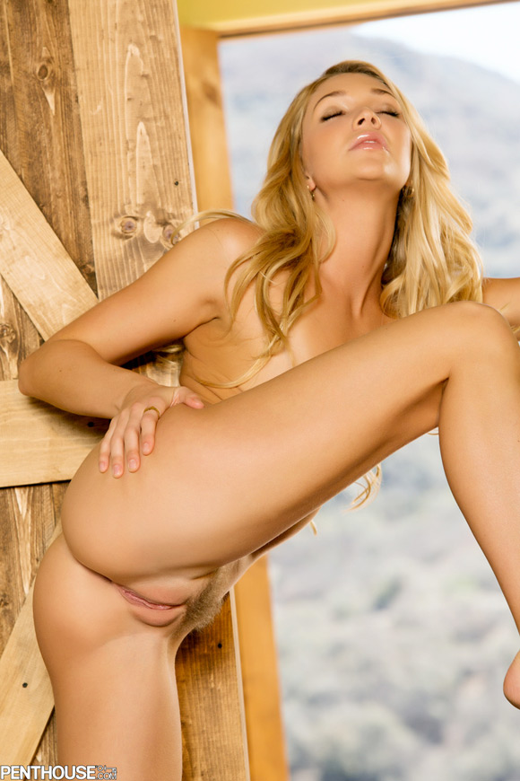 jessie-andrews-naked-penthouse-girl
