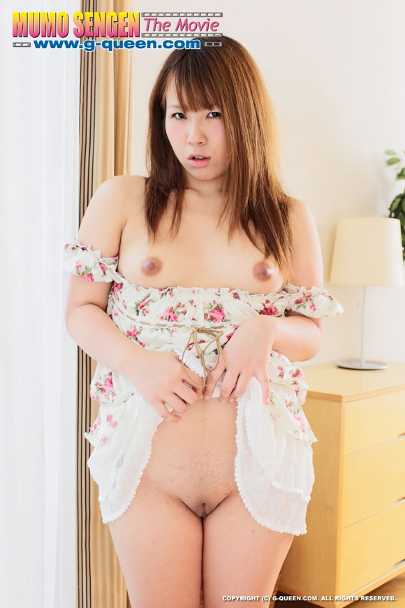 the-shaved-japanese-pussy-of-yumi-takaoka