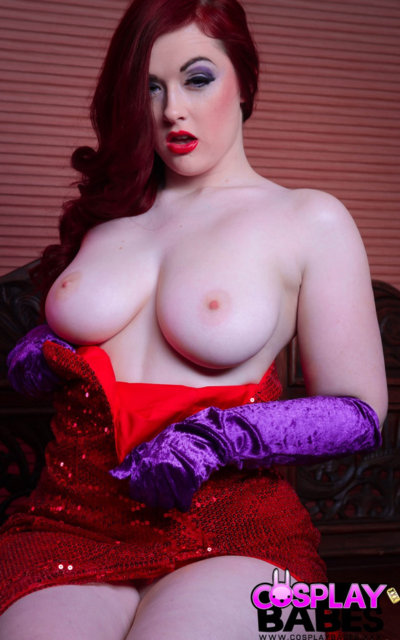 jessica-rabbit-naked-cosplay