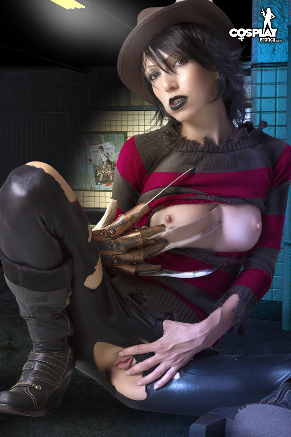 female-freddy-krueger-from-a-nightmare-on-elm-street-naked-cosplay