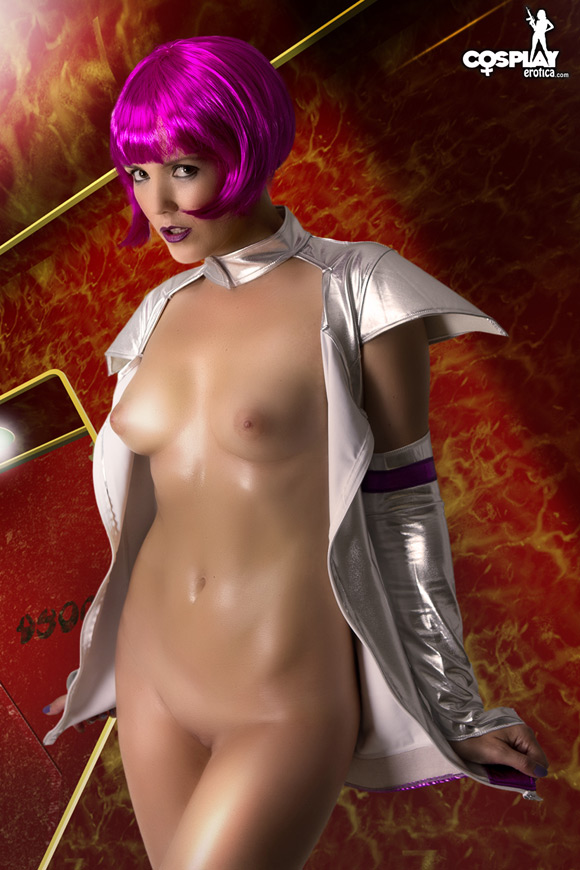 gogo-from-galactic-airlines-naked-cosplay