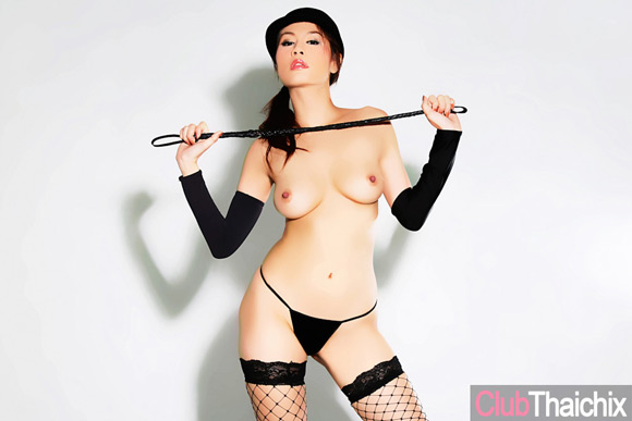 thai-girl-ann-and-her-riding-crop